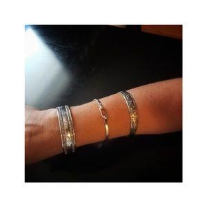 Jewelry - Beautiful silver bangles